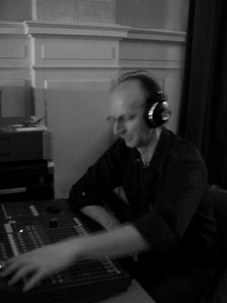 Console numérqiue au studio d'enregistrement à Dijon